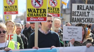 Citizens in Dublin protest water charges at the Right2Water rally on March 21, 2015. Photo courtesy Sinn Féin, Creative Commons.
