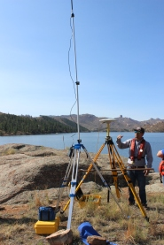 Angelo Martinez, survey supervisor, explains the remote station the team sets up to ensure a strong signal when Reservoir Dog is out on the water
